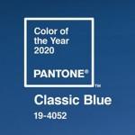 Classic Blue kolorem roku 2020